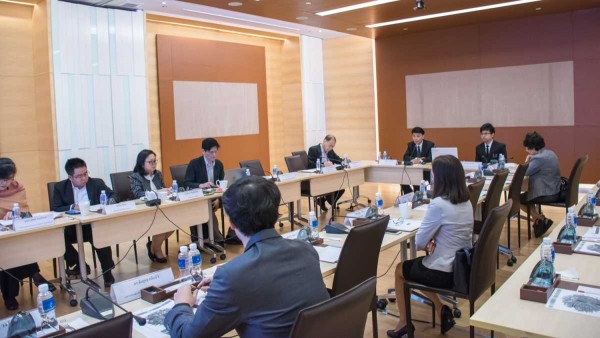 ITD arranges meeting to brainstorm opinion and comment on analysis of trading and development trend