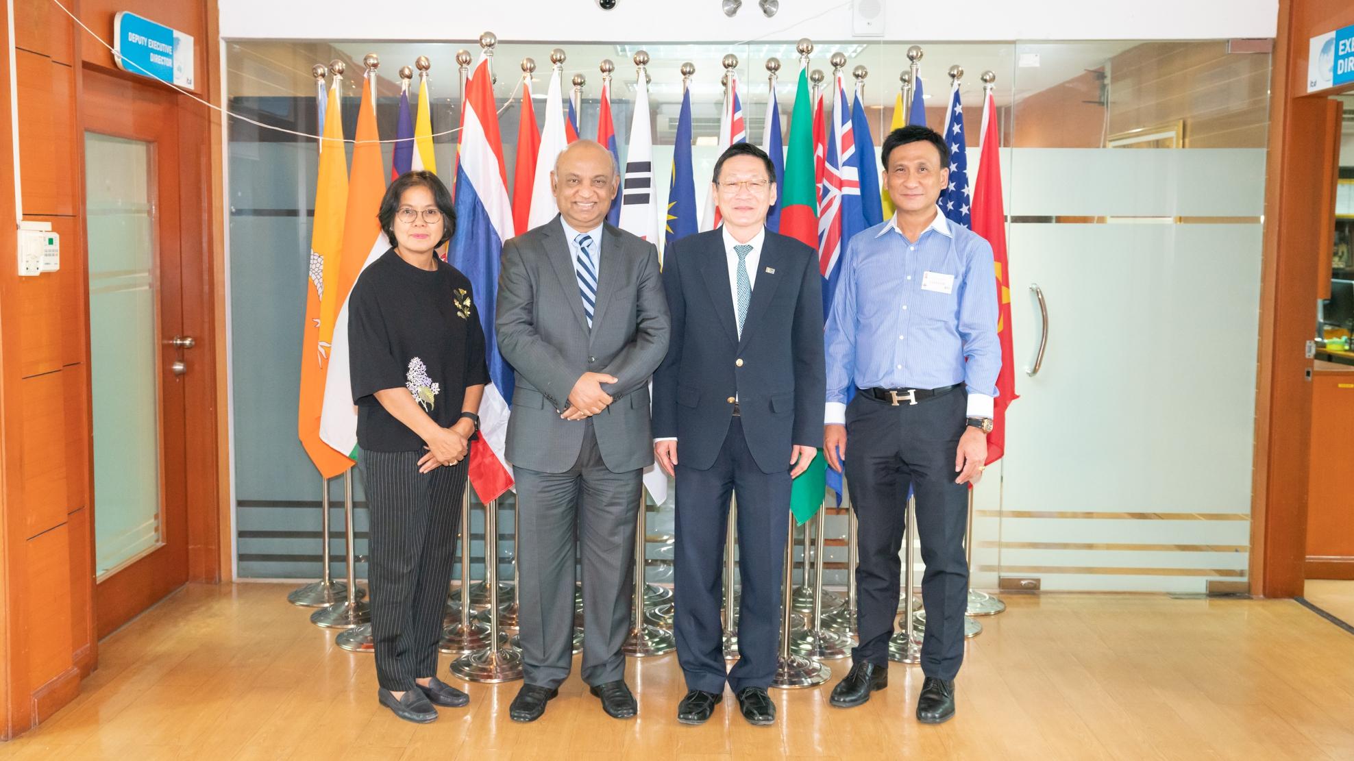 ผอ.ITD ให้การต้อนรับผู้บริหาร Bangladesh Shrimp and Fish Foundation และผู้บริหารบริษัท ไทยยูเนี่ยนฟีดมิลล์