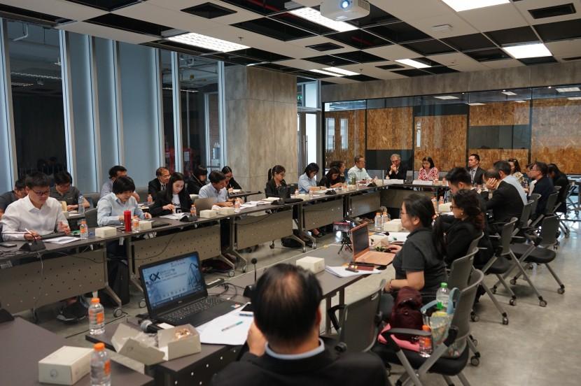 "Knowledge Exchange มหาวิทยาลัยเทคโนโลยีพระจอมเกล้าธนบุรี ร่วมกับ Copyright Coalition Thailand และ สถาบันระหว่างประเทศเพื่อการค้าและการพัฒนา จุฬาลงกรณ์มหาวิทยาลัย จะจัดการอภิปรายเรื่อง ""กฎหมายลิขสิทธิ์: กรณีการขายต่อ (Reselling) eBooks"""